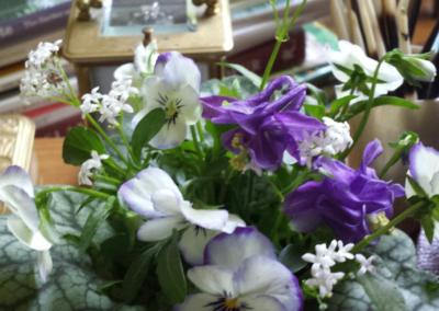 Millena,-spring-_16,-desk-arrangement